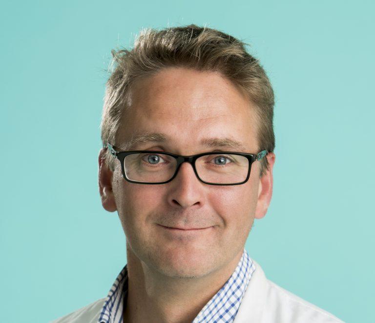 Arno Sipponen fick subspecialitet i sårvård